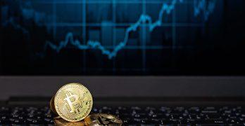 Bitcoin-Kurs (BTC) setzt zum Angriff auf 10.000 US-Dollar an